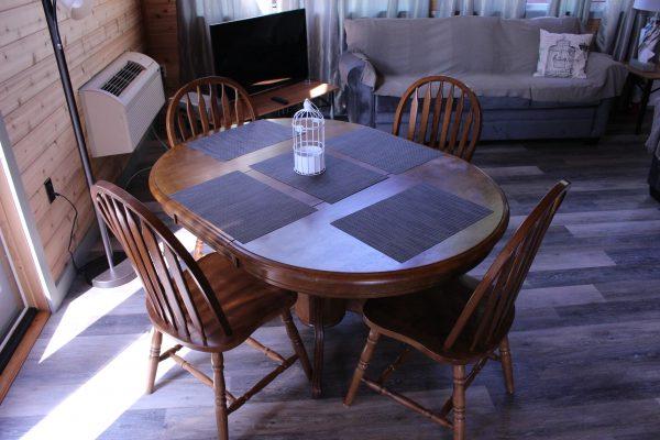 Cabin 4 Dining Room