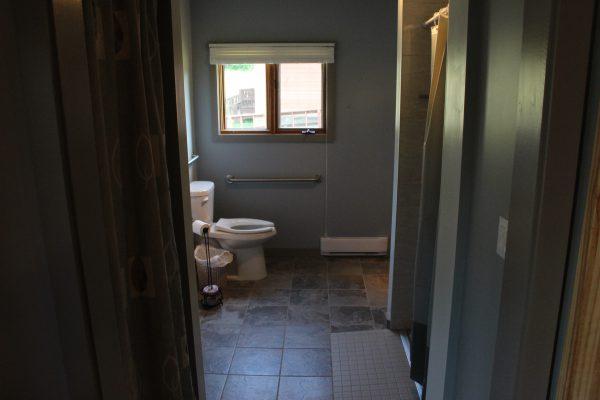 Cabin 2 Washroom